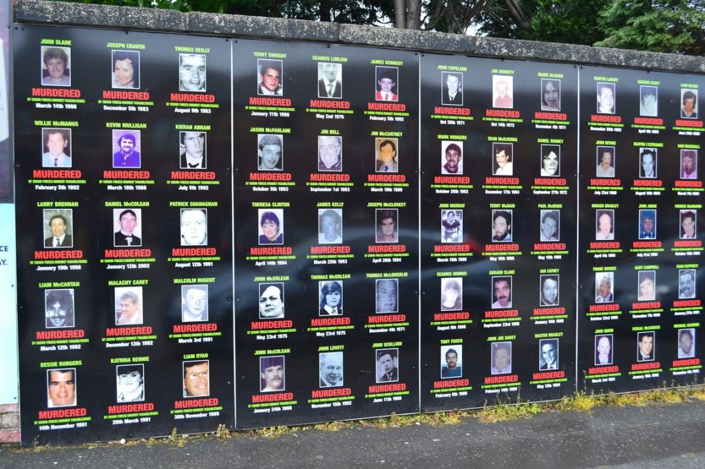 Falls Road: Inocentes católicos muertos