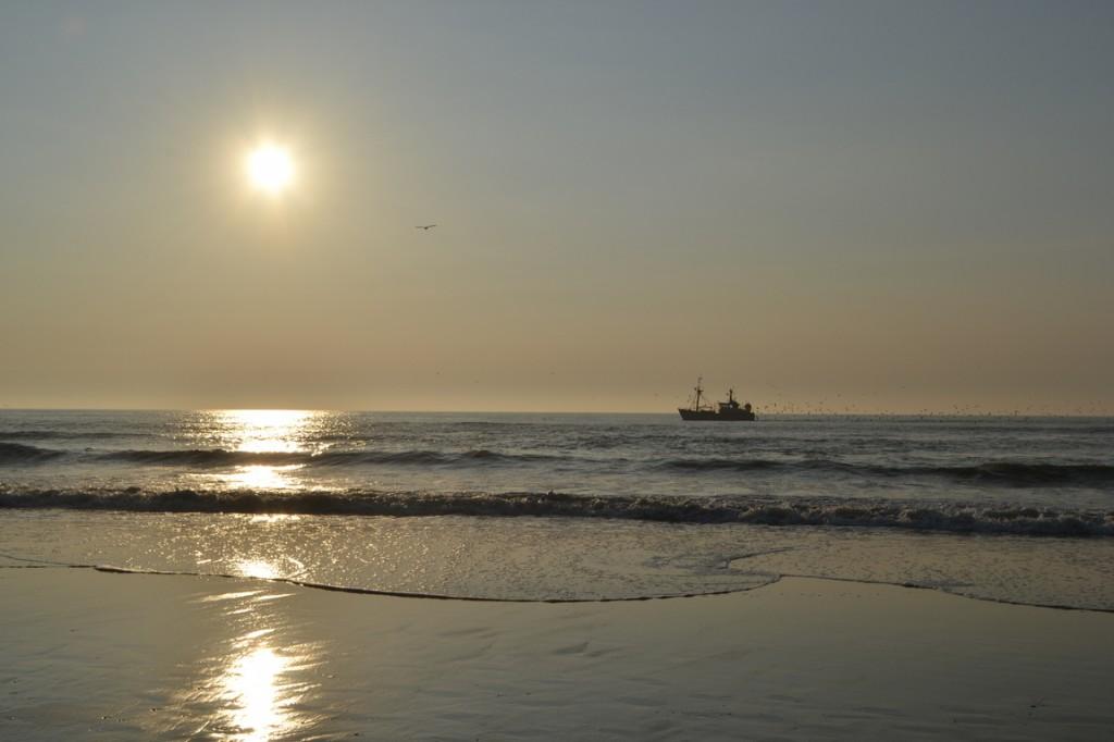 Puesta del sol en la playa, La Haya