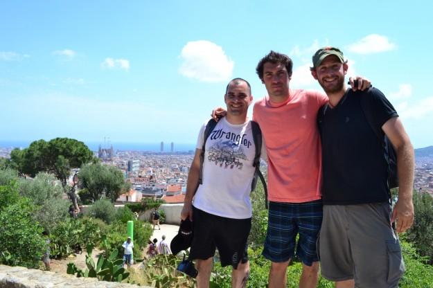 Con Fer y Octavio. Tres argentinos en Parc Guell