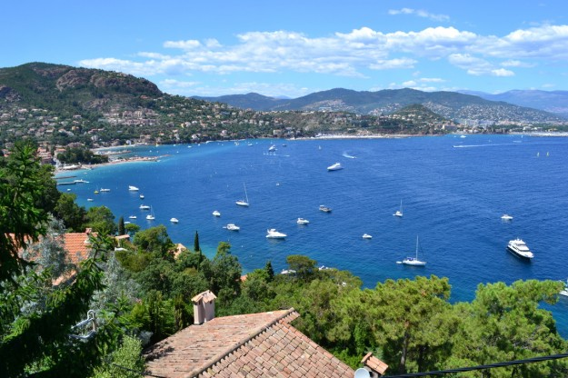 Cannes desde un mirador en Thoule Sur Mer