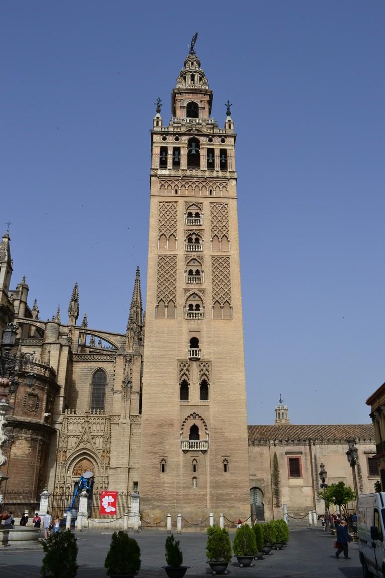 """La famosa torre de """"La Giralda"""", Sevilla."""