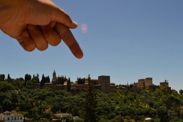 Ésa es la Alhambra de Granada. ¿Qué tal?