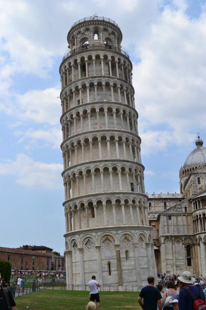 La famosa y bellísima Torre Inclinada de Pisa