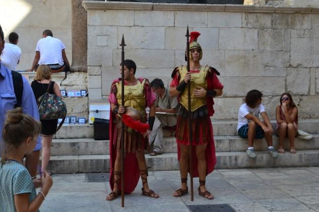 Centuriones romanos en el Palacio de Dioceclano, Split