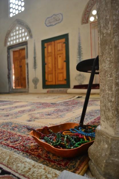 Detalles de la mezquita Karadjozbey, Mostar