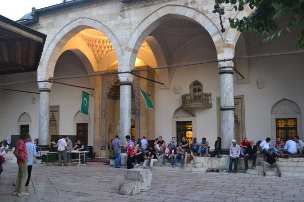 Fin de ramadán en la mezquita Gazi Husrev-begova, Sarajevo