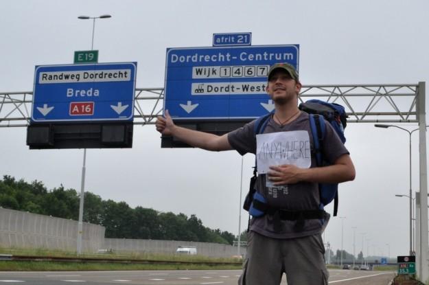 Historias de Autostop... Aquí practicándolo en el sur de Holanda