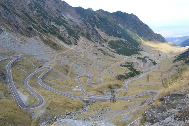 La Ruta Transfagarasan, recorrida a dedo para cruzar los Montes Cárpatos