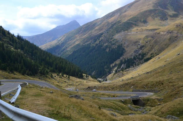 Andando por la ruta más loca del mundo, la Transfagarasan Road