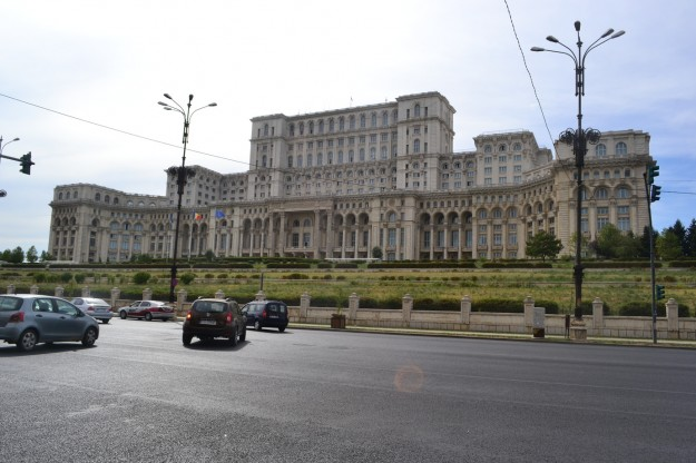 Palacio del Parlamento Rumano, el gigante edificio administrativo de Bucarest
