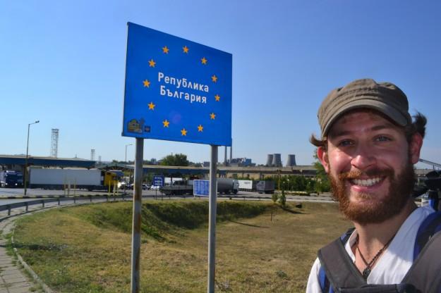 Entrada a la República de Bulgaria y nuevamente al alfabeto cirílico