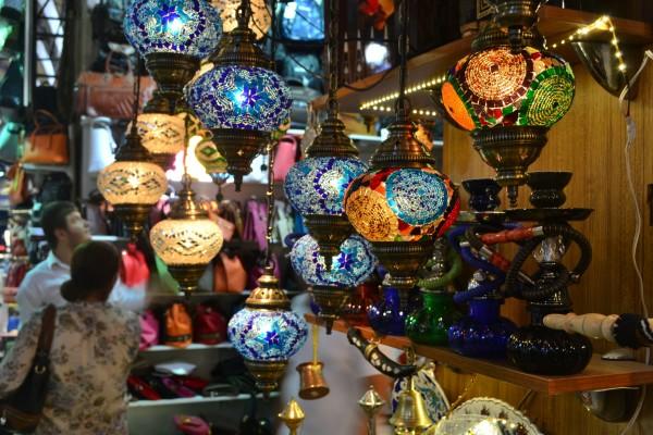 Lámparas a la venta en el Grand Bazaar