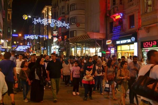 Calle Istiklal, la arteria con más vida nocturna de Estambul