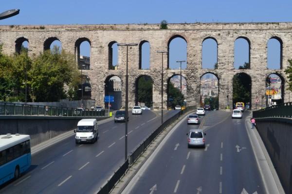 Acueducto Valens, construido por el Imperio Romano