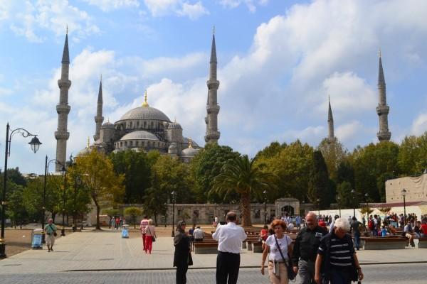 Mezquita Azul desde la Plaza Sultanahmet, la mayor impronta otomana en la ciudad