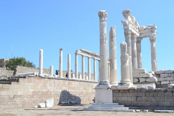 Restos del Templo de Trajano, en Pergamon