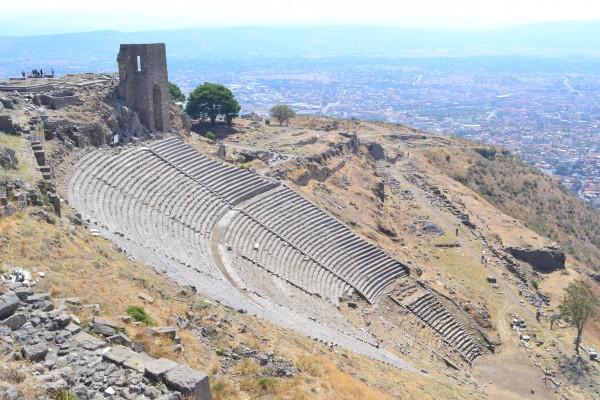 El teatro más empinado de todos los conocidos en la antigüedad, en Pergamon