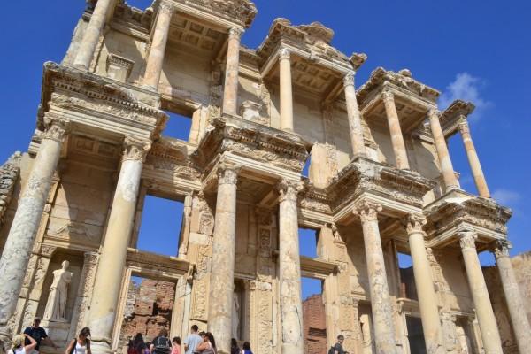 La magnífica Biblioteca de Celso, el icono de Efeso