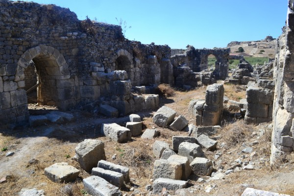 Restos de una construcción en Mileto
