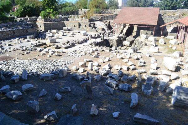 Restos del Mausoleo de Halicarnaso, en Bodrum, Turquía