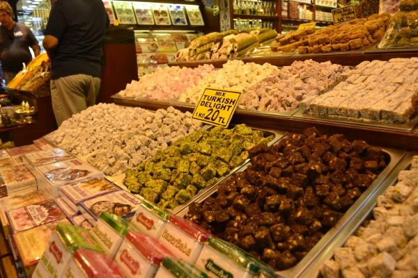 Las famosas delicias turcas que intentarán venderte en cada puesto del Spice Bazaar