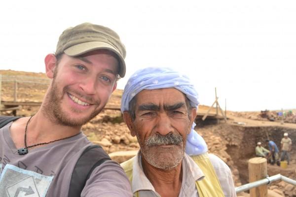 En Gobekli Tepe, hasta los excavadores turcos son agradables. Este pidió posar para la foto!