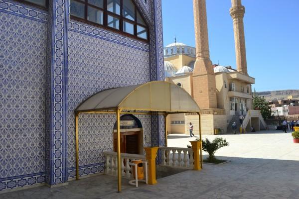 La Mezquita del Profeta Noé, donde se guardan sus restos, en Cizre