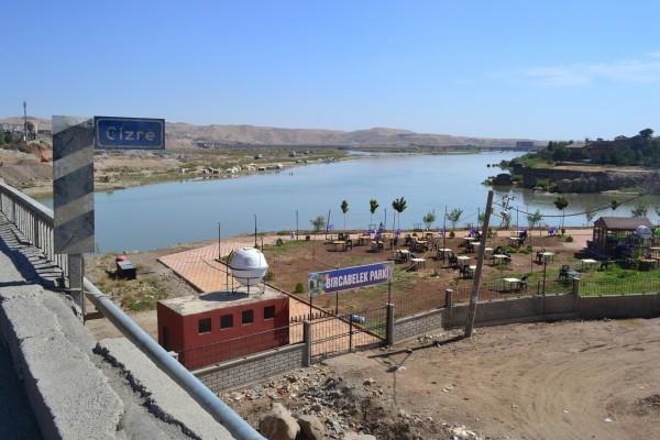 El Río Tigris a su paso por Cizre