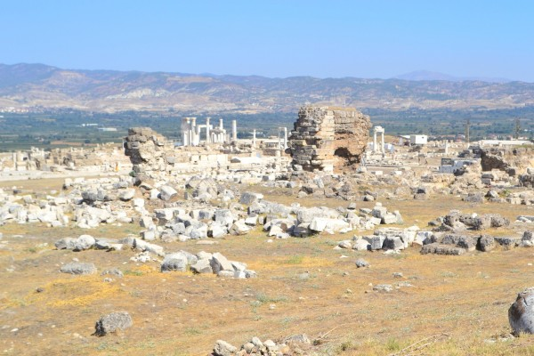 Ruinas de la Iglesia primitiva de Laodicea