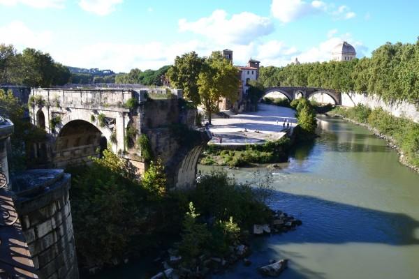 Ponte Rotto e Isla Tiberina