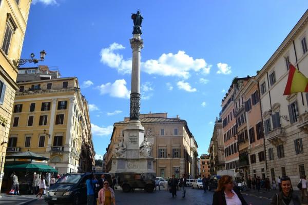 Columna de la Inmaculada Concepción, en Piazza Spagna