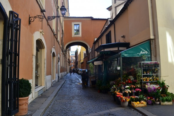 Las encantadoras callecitas de Roma