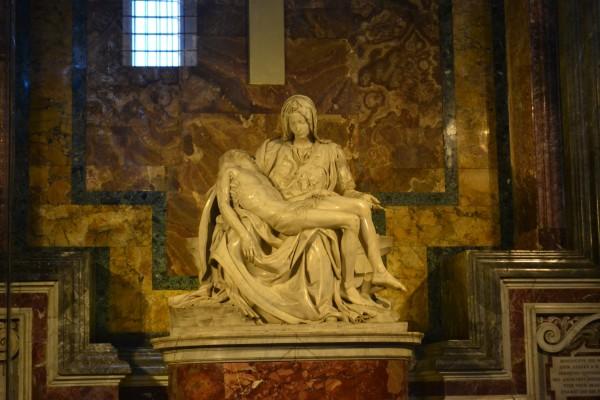 La Piedad, de Miguel Ángel, en la Basílica de San Pedro
