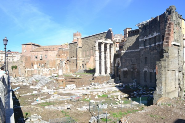 Foro de Augusto y Templo de Marte Ultor, en la Via dei Fori Imperiali