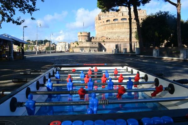 El fútbol es otra de las pasiones en Roma, por el equipo homónimo y la Lazio. Pueden ver un partido en el Stadio Olímpico, al norte de la ciudad
