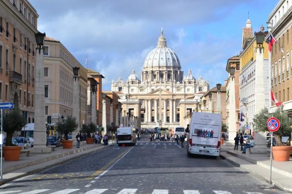 Via della Conciliazione, la más habitual entrada al Vaticano