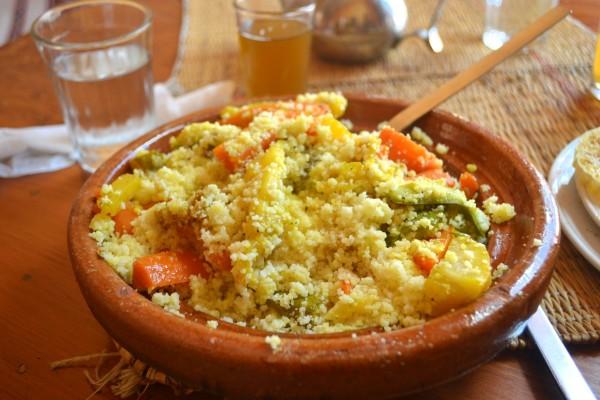 Cous-cous, uno de los platos marroquíes más famosos