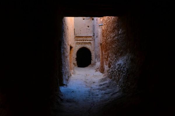 Callejuelas del barrio antiguo de Tinghir, con sus arcos y pasadizos oscuros