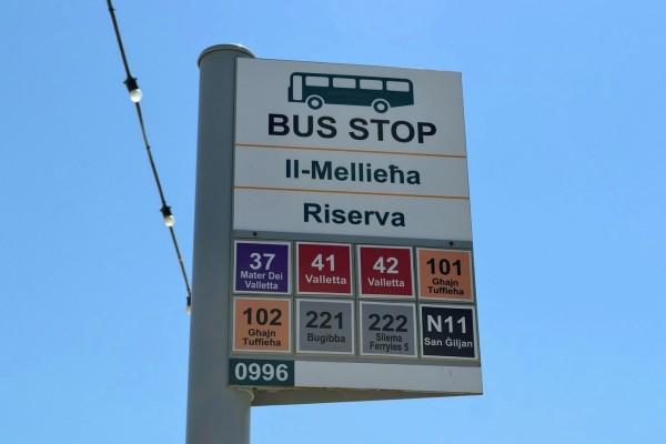 Parada de bus en Mellieha