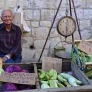 Un simpático abuelo cretense en el mercado de Hania
