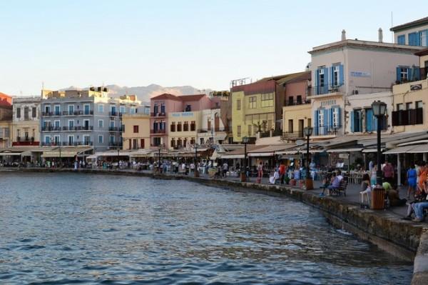 La bahía de Hania, con sus casas de estilo veneciano