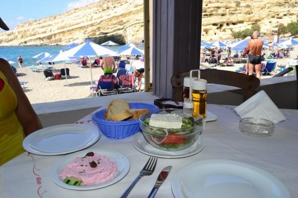 Almuerzo en Mátala Beach