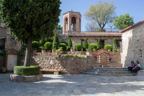 Patio del monasterio Gran Meteoro