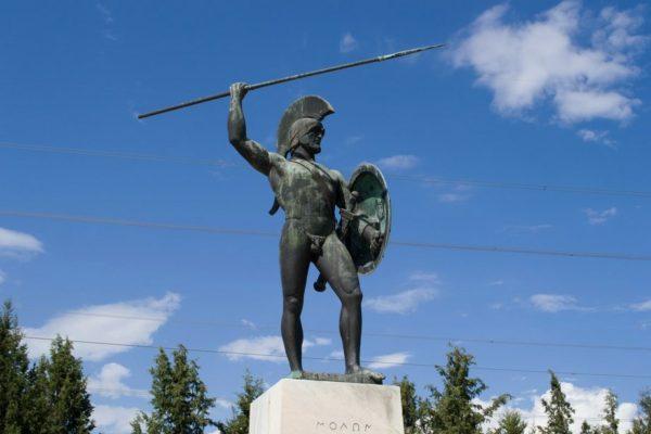 Estatua de Leónidas I en el Paso de las Termópilas
