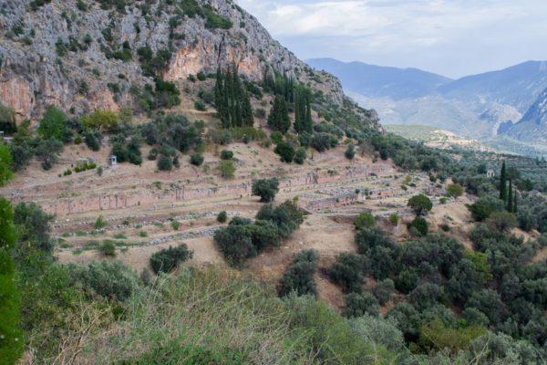 Emplazamiento de Delfos sobre el Monte Parnaso