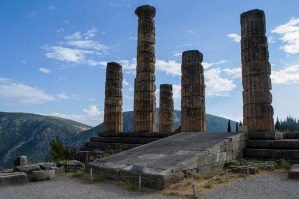 Restos del Templo de Apolo en Delphi, casa del famoso Oráculo